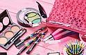 BELLA SIEMPRE. Conservar intacto el maquillaje todo el día es un asunto complejo. Con algunos retoques y el uso de productos básicos sí es posible conseguirlo.