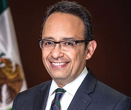 Carlos González Gutiérrez.