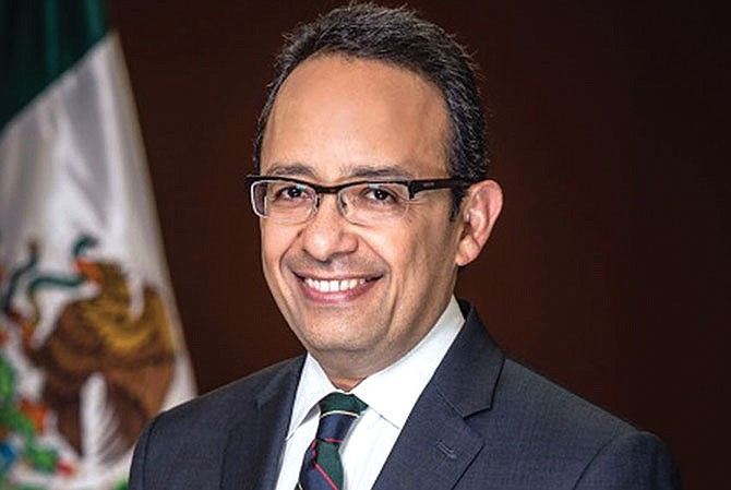 El adiós del cónsul mexicano más  productivo de los últimos veinte años