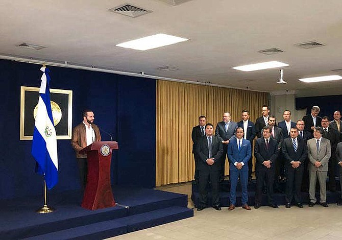 Nayib Bukele nombró a 28 hombres y a tres mujeres como funcionarios