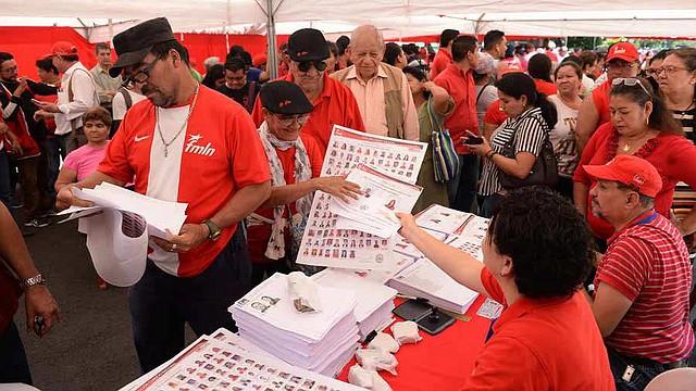 EL SALVADOR. Los centros de votación no lucieron abarrotados como en otras ocasiones
