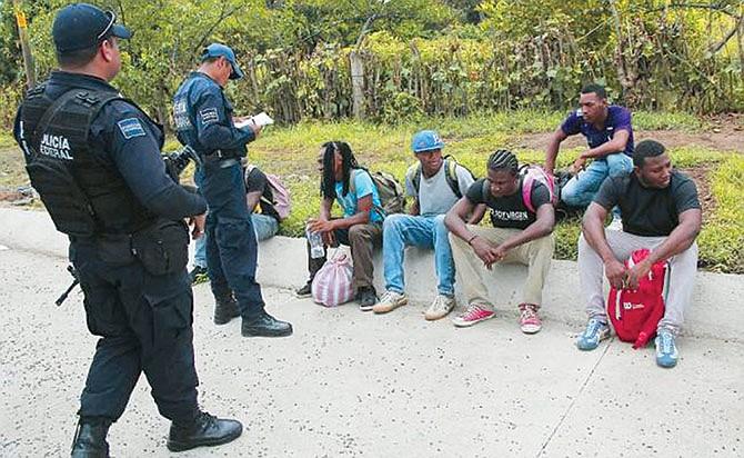 Más deportados tras pacto