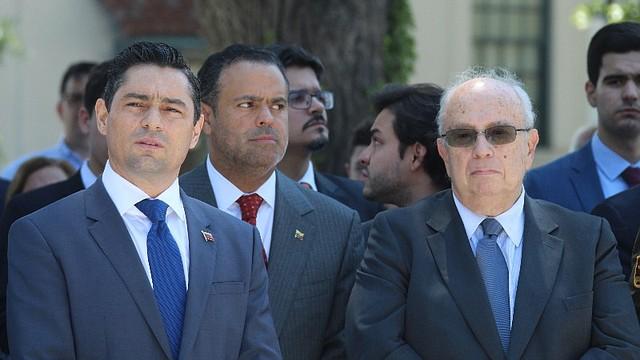 POLÍTICA. La Embajada de la República Bolivariana de Venezuela ante Estados Unidos conmemoró el 208 aniversario de la independencia de su país rindiendo honores al Libertador Simón Bolívar