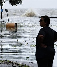 CLIMA. Después de transformarse en huracán durante una hora antes de llegar a la costa, Barry tocó tierra a primera hora de la tarde del sábado en Luisiana en forma de tormenta tropical.