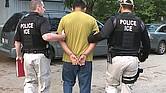 REALIDAD. Detener a personas indocumentadas o sospechosas de serlo es una tarea que requiere de tiempo y de mucho trabajo, y no siempre es exitosa. Con frecuencia, para arrestar a un solo inmigrante es necesario vigilarlo durante días.
