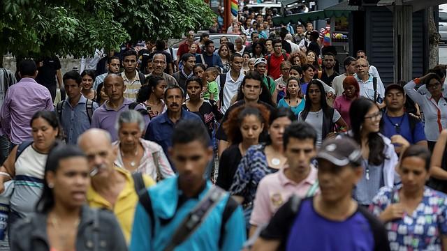 CRISIS. El país con las mayores reservas petroleras del mundo atraviesa una crisis humanitaria que ha hecho a sus ciudadanos emigrar de forma forzosa.