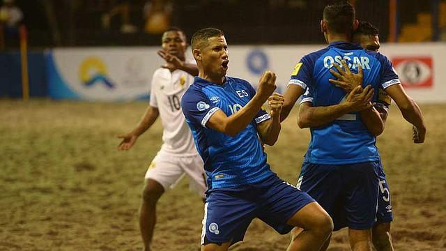 DEPORTES | Agustín Ruiz celebra un gol ante Panamá. | Foto EDH/Jorge Reyes