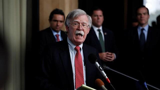 POLÍTICA. El asesor de Seguridad Nacional de la Casa Blanca, John Bolton, participa en la Conferencia Internacional por la Democracia en Venezuela el martes 6 de agosto en Lima. | Foto Efe/Paolo Aguilar.