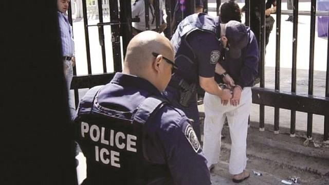 REDADAS. Los inmigrantes que fueron detenidos pasaron a custodia del Servicio de Inmigración (ICE), que decidirá si los encierra en un centro de detención