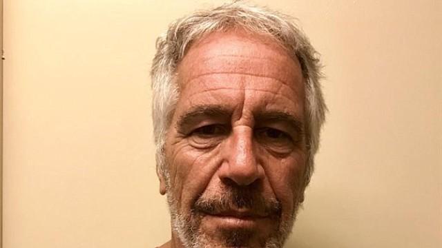 MUERTE. Epstein murió en su celda en una prisión de Manhattan