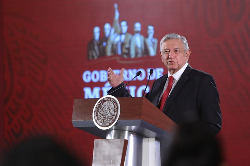 MÉXICO.El presidente de México, Andrés Manuel López Obrador, habla durante su conferencia matutina este jueves, en Ciudad de México