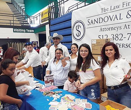 Sandoval & James  Attorneys at Law, fueron los  principales y generosos patrocinadores del Festival de Regreso a Clases.