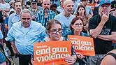 SE PUEDE CORREGIR. Las masacres con armas de fuego son un problema de salud pública y es necesario adoptar un método integral de salud pública para comprender e idear soluciones políticas duraderas.