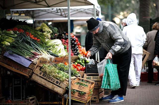 CRISIS. Argentina, un país en recesión donde ha incrementado la pobreza.   Foto: Efe/Juan Ignacio Roncoroni.