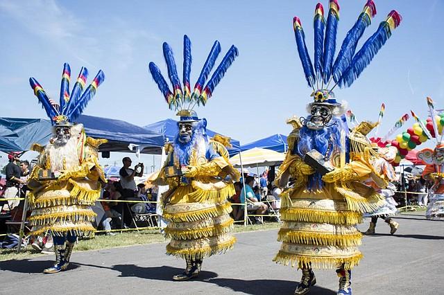 Tradición. Los danzantes son una larga tradición de los carnavales que se realizan en varias ciudades de Bolivia y eso es lo que se representará en el festival boliviano, el primero de septiembre. Cortesía Justa Gutiérrez