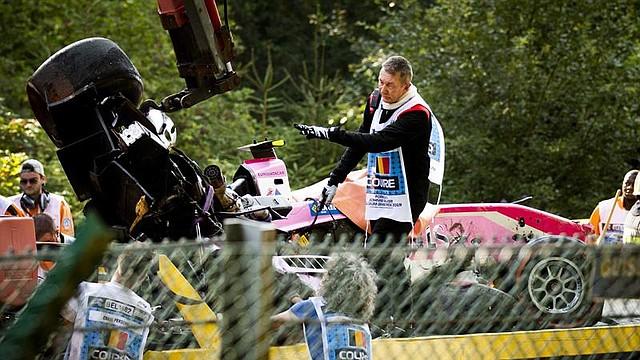DEPORTES. El accidente de automóvil de Anthoine Hubert de BWT Arden se retira durante la carrera de Fórmula 2 en la pista de carreras de Spa-Francorchamps en Stavelot, Bélgica, el 31 de agosto de 2019.