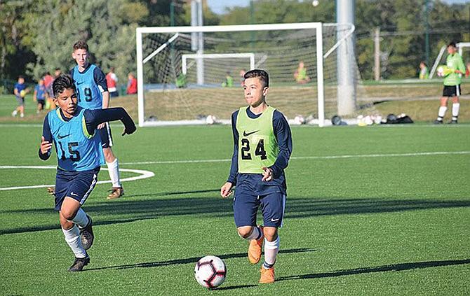 Campamento de fútbol  para niños y adolescentes