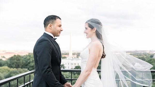 ESTILO DE VIDA. Los novios Geovanny Vicente Romero y Jennifer Miel se casaron en un hotel de lujo. | Foto cortesía.