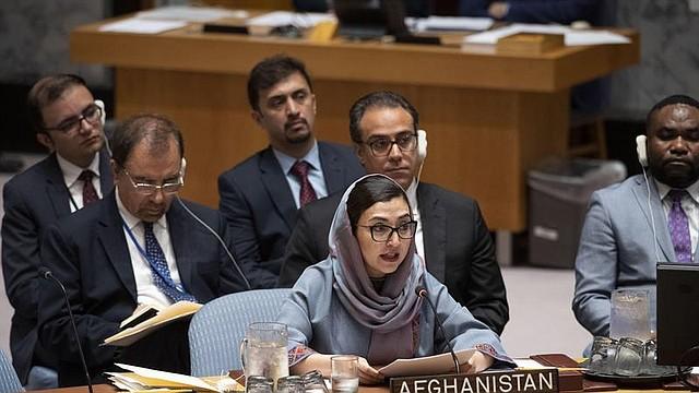 MUNDO. Imagen en la que aparece la representante permanente de Afganistán, Adela Raz, el 10 de septiembre en la reunión del Consejo de Seguridad de la ONU, organismo que instó a retomar el diálogo de inmediato. | Foto Efe/ONU
