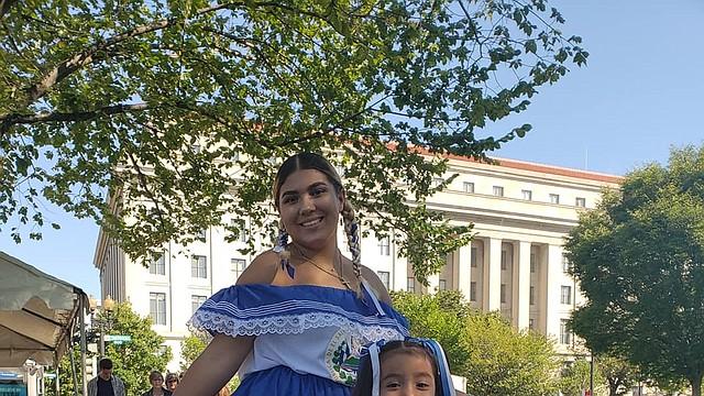GIGANTE. El 21 y 22 de septiembre llega Fiesta DC con un desfile en el que se podrán apreciar mejor los vestidos tradicionales.