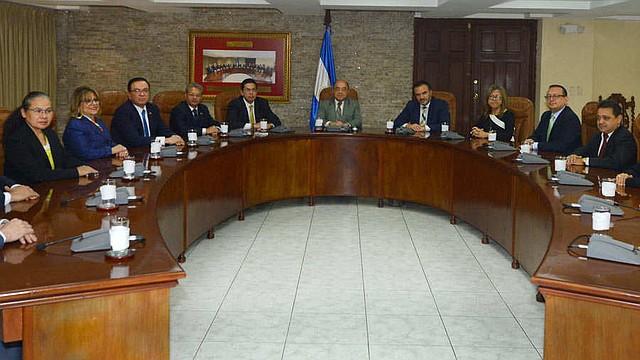 EL SALVADOR. Magistrados de Corte Plena de la Corte Suprema de Justicia