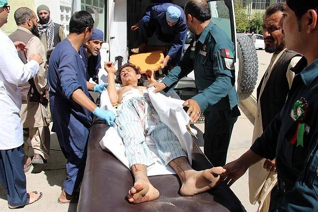 MUNDO. Al menos 20 muertos en un ataque contra un hospital en Zabul, Afganistán