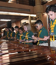 MARIMBA. La Marimba Valle Verde es conformada por niños que viajaron desde Guatemala hasta la capital nacional.
