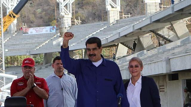VENEZUELA. FotografÍa cedida por prensa de Miraflores donde se observa a Nicolás Maduro durante un acto de gobierno el martes, en La Guaira / Crédito: Prensa Miraflores / Efe