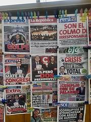 PORTADAS. Con estos titulares amaneció Perú el martes 1 de octubre, tras la noche anterior, cuando el presidente Vizcarra anunciara el cierre del Congreso / Milagros Meléndez para ETL