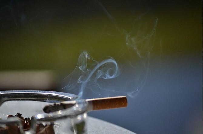 SALUD. Se debe evitar el consumo de cigarrillos como una forma de prevenir el cáncer de boca. | Foto: Pixabay