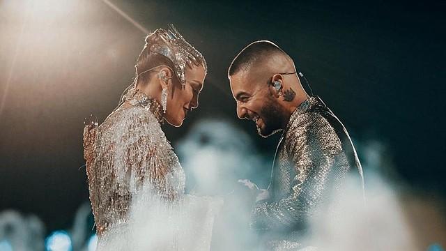 """SHOW. Los latinos cantaron a dúo """"No me ames"""", un clásico que López lanzó con su exesposo Marc Anthony"""