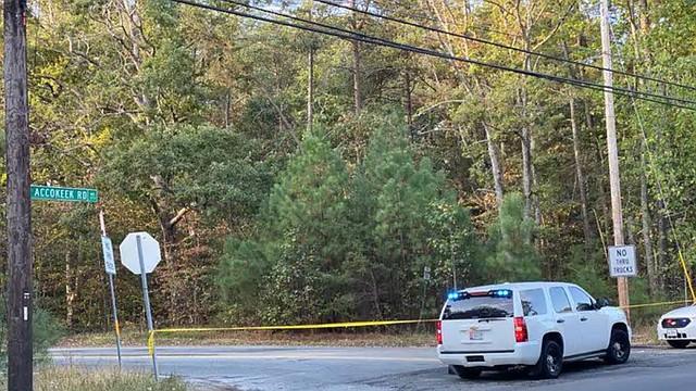 SUCESO. La policía llegó a la escena donde falleció el ciclista, cerca de Accokeek Road en Brandywine. | Foto: Policía del condado de Prince George's.