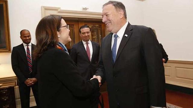 Canciller salvadoreña solicita a Secretario de Estado de EE.UU. una solución permanente para compatriotas con TPS