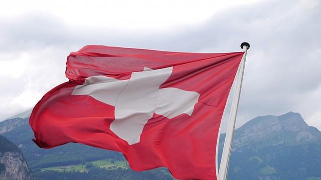 Suiza sanciona a 25 funcionarios venezolanos