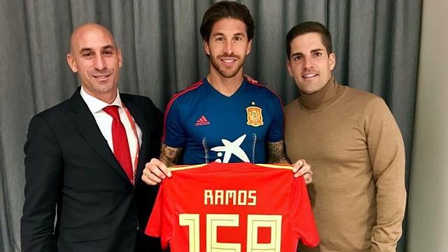 FÚTBOL. Ramos es dueño del récord nacional / @rfef