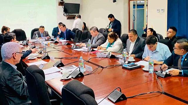 EL SALVADOR. Asamblea Legislativa discute el uso del Presupuesto General de la Nación