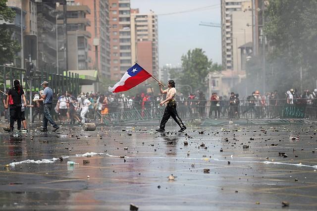 """CRISIS. """"El descontento debe calmarse con medidas concretas"""", pide el opositor Jorge Tarud.   Foto: Efe/Fernando Bizerra Jr."""