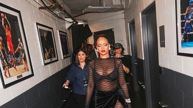 SHOW. Rihanna suma otro éxito a su carrera al ser reconocida por su línea de ropa 'Fenty'