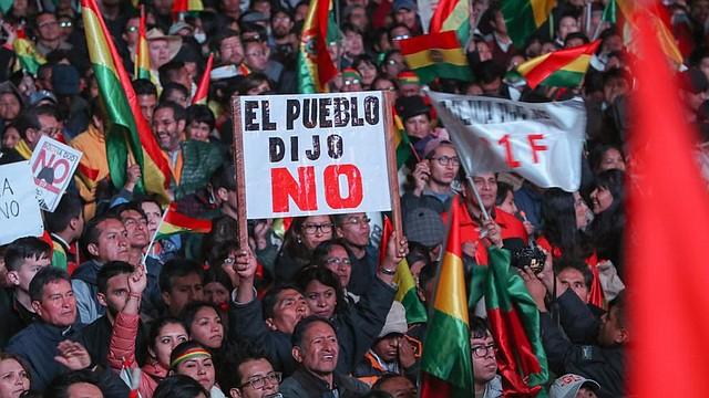 CRISIS. La oposición, representada por Carlos Mesa, rechaza esta acción y exige la anulación de la votación.