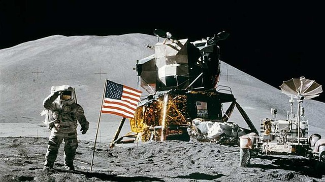 INNOVACIÓN. Hornear fuera de este mundo también podrá persuadir al público y que la exploración espacial sea algo más cercano, según su esposo Ian Fichtenbaum, quien trabaja en la industria espacial.
