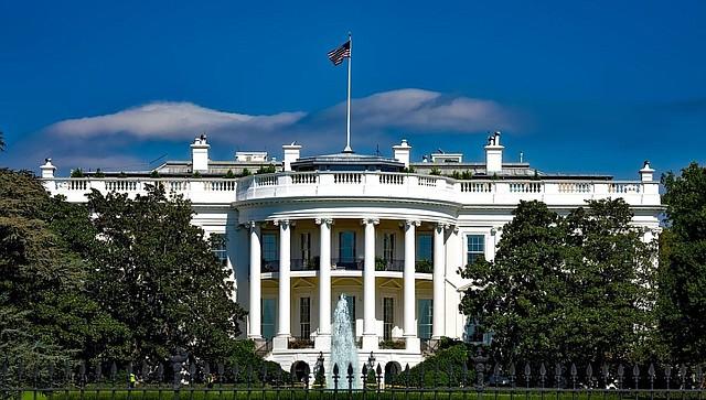 CASA BLANCA. La información fue filtrada por funcionarios del Departamento de Seguridad Nacional. El gobierno federal aún no confirma la propuesta. | Foto Pixabay.