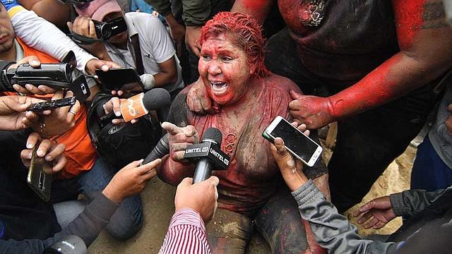 PROTESTAS. El incidente se produjo en la región central de Cochabamba, zona que registra graves disturbios con un número indeterminado de heridos.