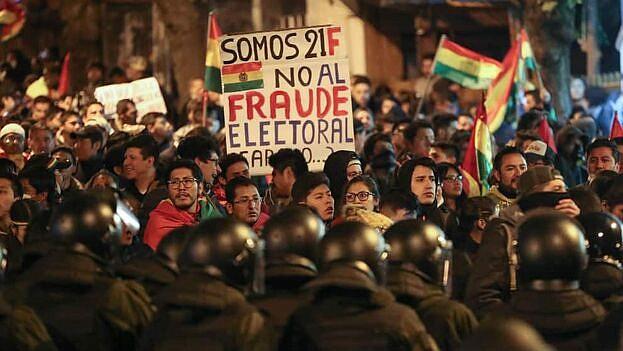 CRISIS. Tras el resultado electoral del pasado 20 de octubre, el país enfrente una crisis económica e institucional. Los ciudadanos que apoyan a Carlos Mesa piden nuevas elecciones.