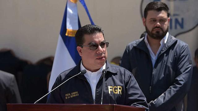 Raúl Melara, fiscal general de El Salvador, sostiene que seguirán las confiscaciones de bienes adquiridos con fondos públicos. Foto EDH/ Menly Cortez