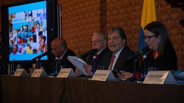 MIGRACIÓN. El objetivo de la hoja de ruta es promover y financiar la integración socioeconómica de los migrantes venezolanos.   Foto: Twitter @CANCILLERIACOL.