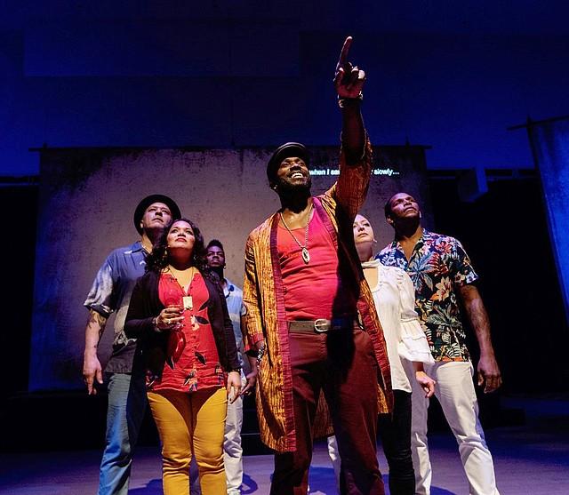 """SIGNIFICADO. El creador de la pieza, Paul Flores, asegura que """"Iré significa Lucumí en dialecto Yoruba y se refiere a la buena fortuna que tenemos cuando nuestras vidas son balanceadas"""