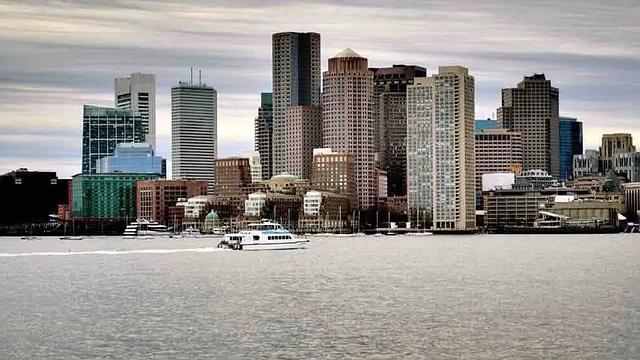 BOSTON. Alrededor de 200 solicitudes siguen pendientes por analizar y aprobar por parte de la alcaldía