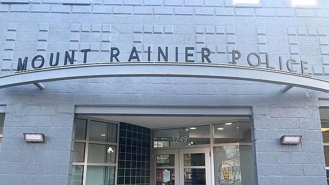 LOCALES. El Departamento de Policía de Mount Rainier
