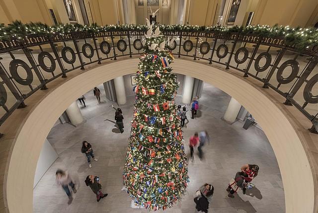 Árbol de Navidad en el Museo de Bellas Artes de Boston