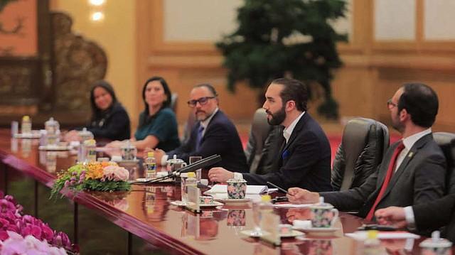 EL SALVADOR. El presidente Nayib Bukele sostuvo una reunión bilateral con su homólogo de China, Xi Jinping